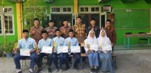 Tiga santri Bahrul Ulum mewakili Jawa Timur di Pospenas Bandung